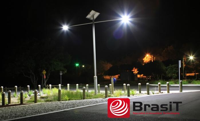 Solarna lampa uliczna LED - BrasiT