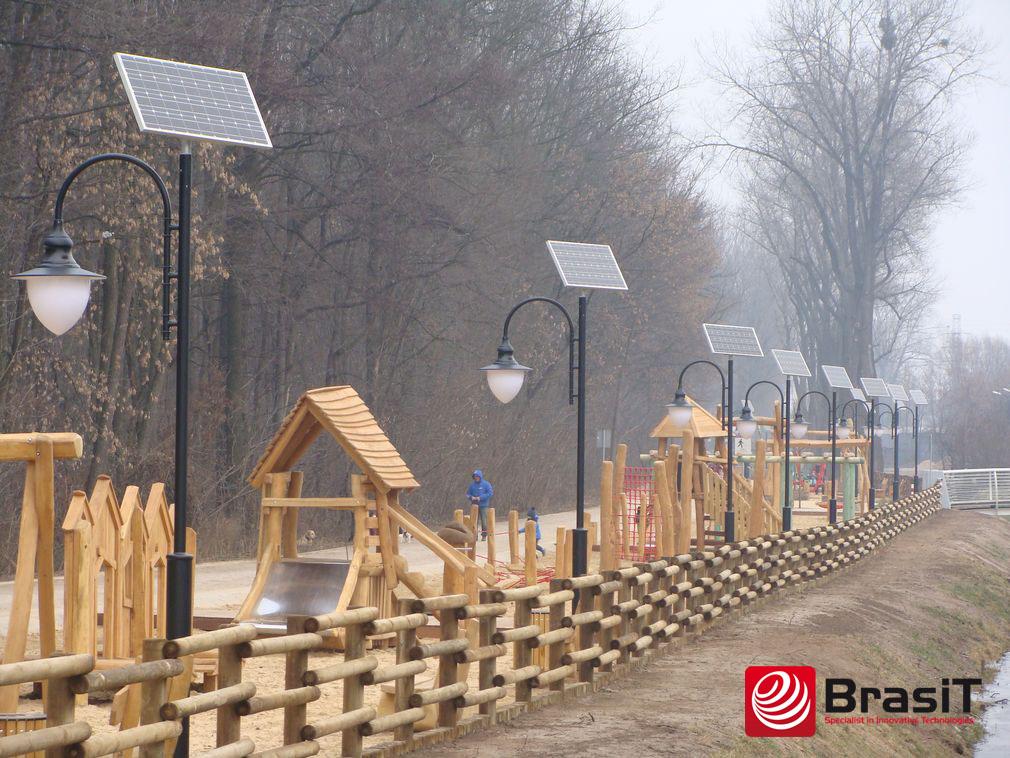 Солнечный парковый фонарь