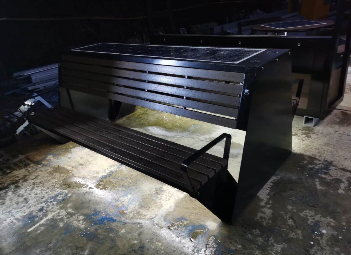 Solarna ławka piknikowa sSEC10 noc